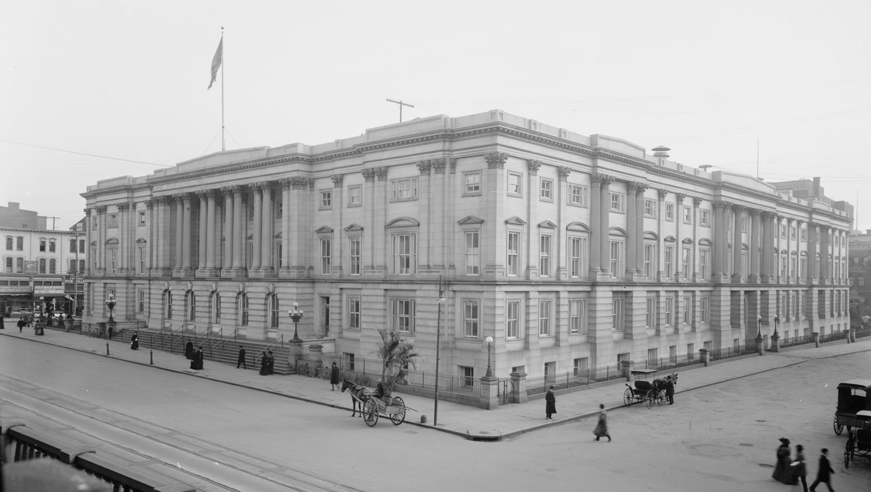 1905 photograph of Washington DC's General Post Office
